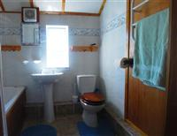 Crowsnest Bathroom